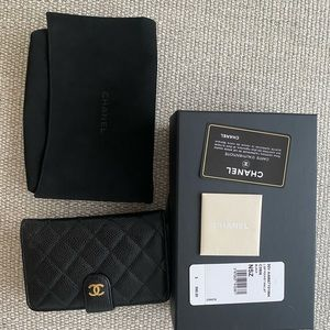 Chanel wallet black caviar, new with tags